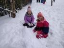 Zimowe zabawy na śniegu _2